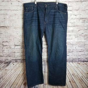 EUC Men's Levi's 569 Loose Straight Fit 42 x 32